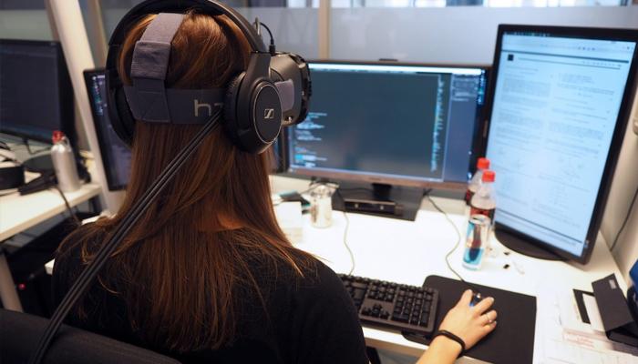 Để trở thành lập trình viên thực tế ảo VR cần những gì?