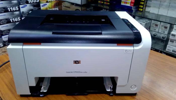 Máy in laser màu - HP CP1025NW